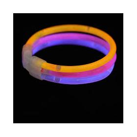 Glowsticks 100 stuks inclusief 30 triple connectors